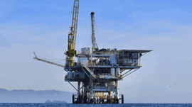 Offshore-rig-at-sea